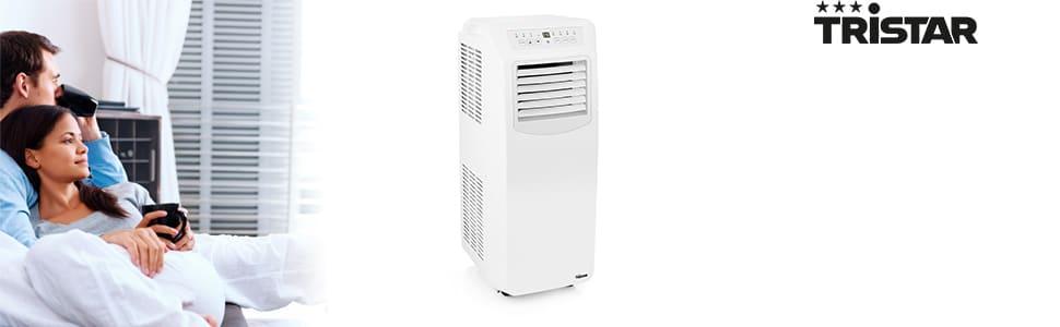 Salon climatisé avec le climatiseur mobile Tristar AC-5560