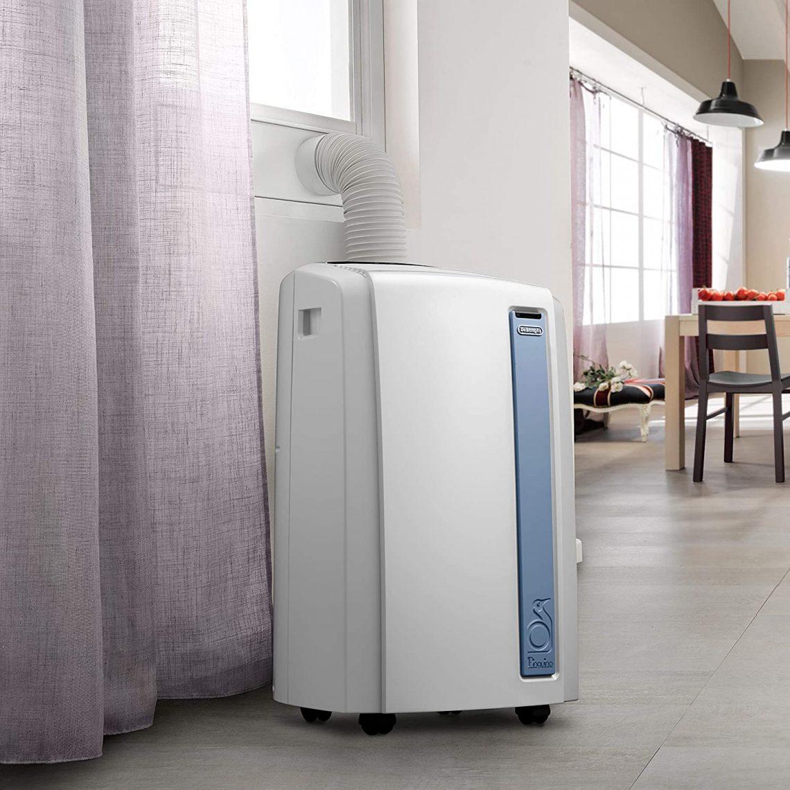 climatiseur Delonghi PACAN98 dans le vestibule